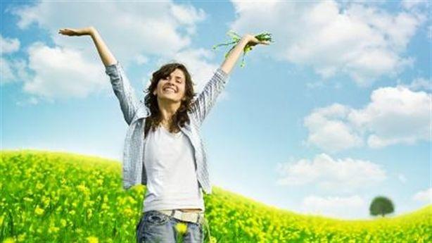 10 cách tự nhiên giúp bạn luôn hạnh phúc