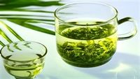 7 lợi và 4 hại từ trà xanh