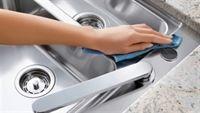 Làm sạch bồn rửa không cần hoá chất