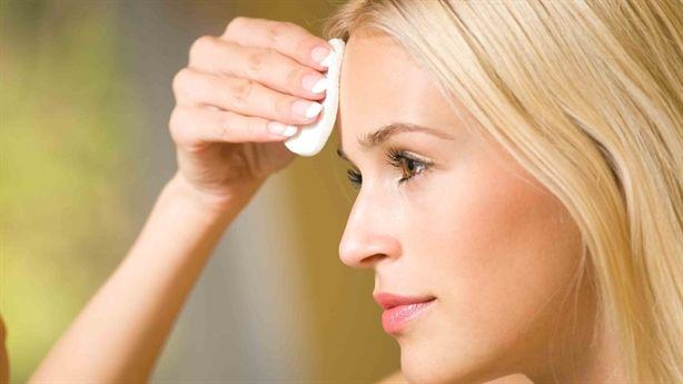 5 lỗi chăm sóc da khiến da bạn ngày càng xấu hơn