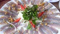 Đậm đà hương vị biển với Gỏi cá Nam Ô