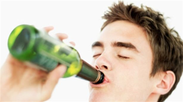 Làm sao để 'nhậu' suốt mà không say dịp Tết?