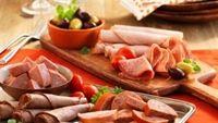6 thực phẩm khiến da thêm mụn