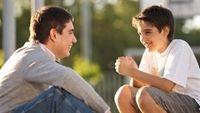 4 điều cha mẹ nên bật mí cho con khi đến tuổi dậy thì