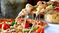 Làm pizza siêu ngon từ món bánh chưng thừa