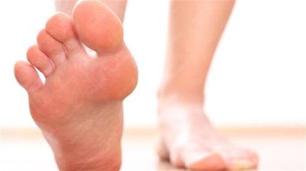 Nếu thấy chân có những dấu hiệu sau đây, cần đi khám bác sĩ ngay