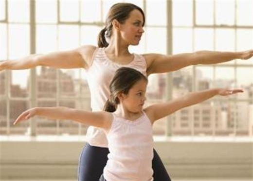 Để phát triển tầm vóc + trí tuệ, các bậc cha mẹ hãy giúp con yêu thể dục, thích thể thao