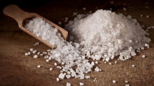 ''Hơi bị phí'' nếu chỉ dùng muối để nấu ăn mà không biết các công dụng này