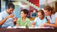 Khi nào thì nên giáo dục giới tính cho con trẻ?