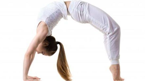 7 tư thế yoga đơn giản nhưng siêu hiệu quả cho vòng 1 săn chắc quyến rũ