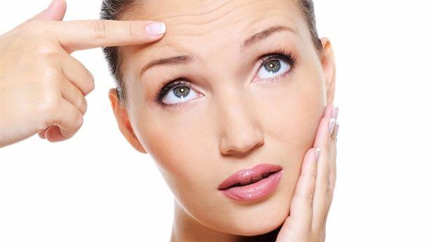 Những thói quen sai lầm khiến làn da của bạn trở nên khô ráp