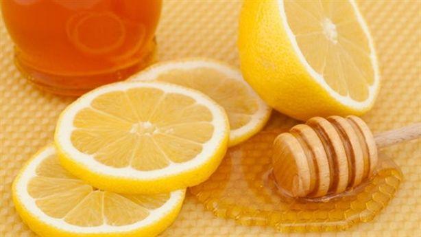 1 ly nước chanh mật ong vào buổi sáng và những tác dụng tuyệt vời
