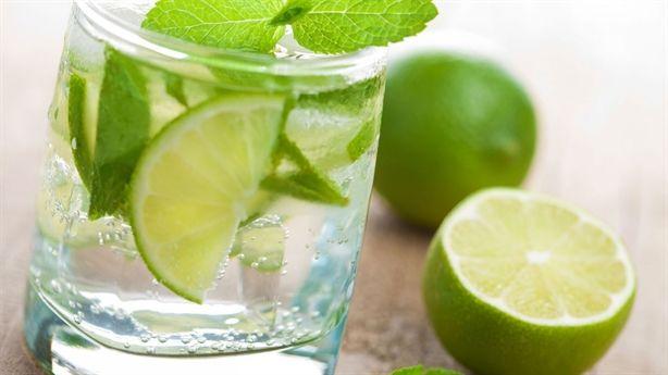 Top 7 loại đồ uống giúp bạn hết nóng trong
