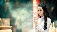Đức Phật nêu lên 5 nỗi khổ mà đa phần người phụ nữ nào cũng phải chịu đựng, nên họ đáng được tôn trọng hơn