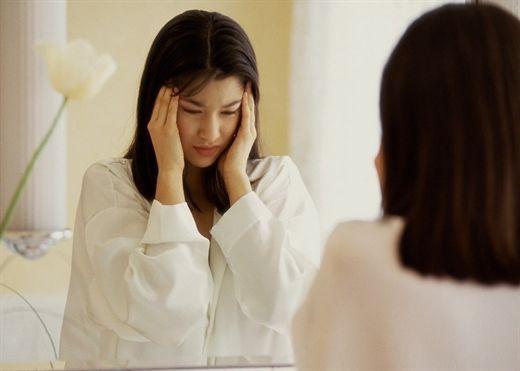 Hoa mắt, chóng mặt: Đi tìm nguyên nhân để điều trị