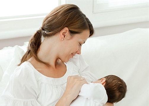 Những lưu ý ''vàng'' cha mẹ cần ghi nhớ khi chăm sóc trẻ sinh non