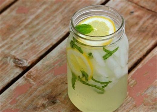 Uống nước mát gan không những giải độc cơ thể mà còn giúp đẹp da, thon dáng