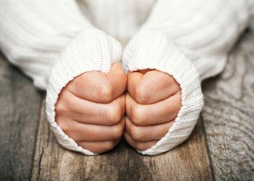 Vì sao tay chân lạnh dù đã được ủ ấm?