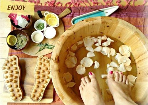 Cẩm nang bài thuốc chữa bệnh chân tay lạnh hiệu quả từ trong ra ngoài