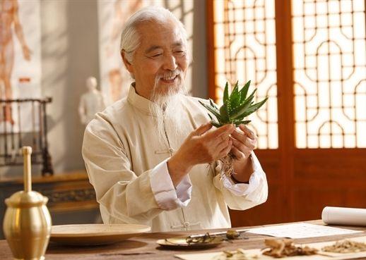 8 lời khuyên sức khỏe từ thầy thuốc Đông y