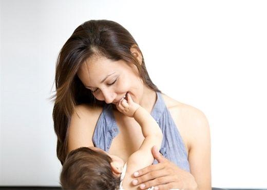 Phát hiện mới: Ung thư vú vẫn có thể mang thai và sinh con
