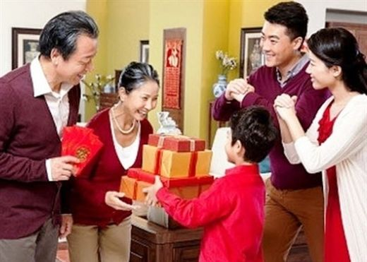 8 món quà không nên tặng nhau vào ngày Tết để tránh xui xẻo cả năm