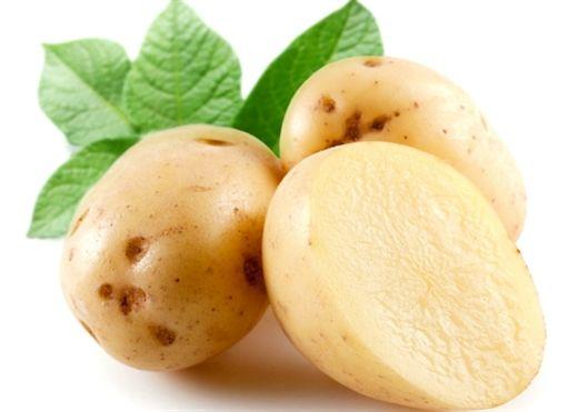 Nước ép khoai tây- Thần dược cho làn da đẹp