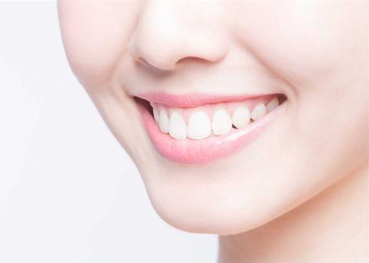 Bất ngờ với công dụng làm trắng khỏe răng của 6 thực phẩm sau