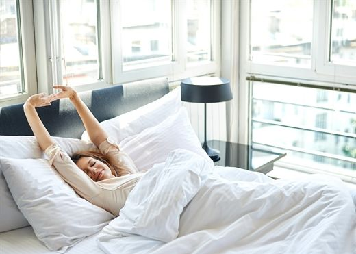 Đừng tàn phá sức khỏe bản thân bằng những hành động sau khi ngủ dậy