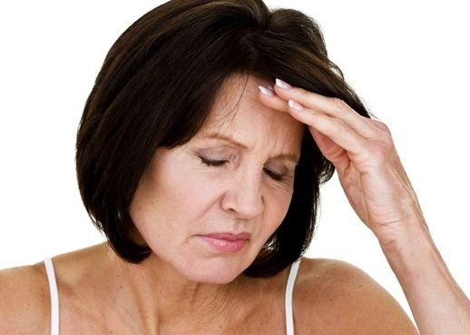Dấu hiệu bệnh tim ở phụ nữ tiền mãn kinh