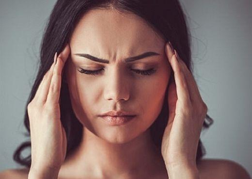 Dấu hiệu trên khuôn mặt cảnh bảo tình trạng sức khỏe của bạn