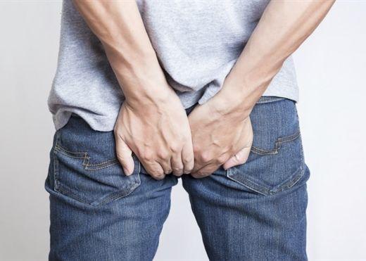 Méo mặt với biến chứng nguy hiểm của bệnh trĩ nếu không được chữa trị kịp thời