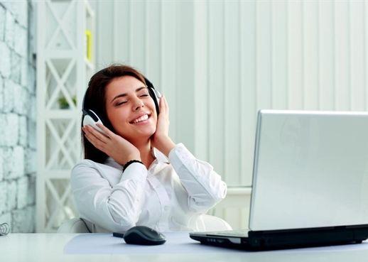 Những thói quen có thể gây ảnh hưởng xấu cho sức khỏe của chị em văn phòng