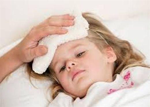 Trị sốt cho trẻ bằng phương pháp dân gian cực hiệu quả