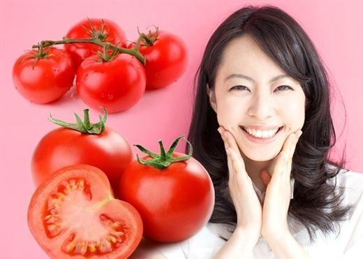 """Cà chua """"thực phẩm vàng"""" trong làm đẹp của chị em"""