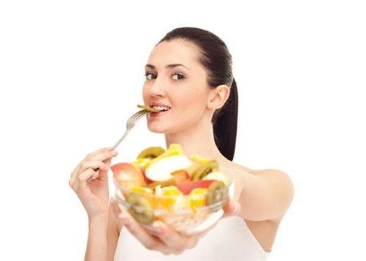 Vừa ăn no xong đã làm 7 việc sau chỉ khiến sức khỏe bị tổn hại nghiêm trọng