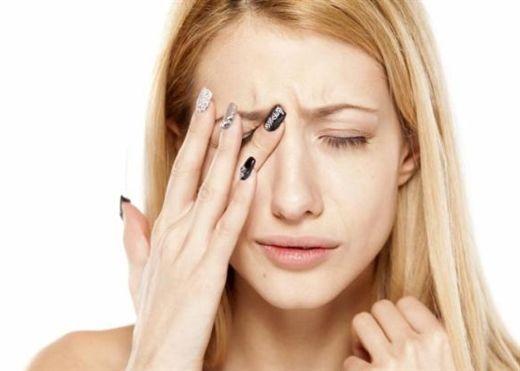 Bảo vệ mắt khỏi nguy cơ lão hóa từ những thói quen hằng ngày
