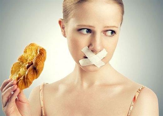 Giảm béo đột ngột và giữ những thói quen xấu sau, người trẻ dễ bị LOÃNG XƯƠNG