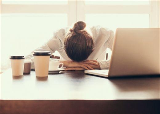 Những thực phẩm càng ăn càng thêm mệt mỏi, khó tập trung