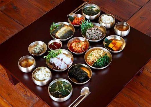Người Hàn Quốc ăn gì để luôn trẻ trung, khỏe mạnh, giảm tỷ lệ mắc ung thư?