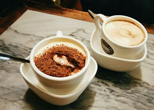 Mách bạn cách làm 'cà phê trứng' phố cổ chuẩn vị thưởng thức ngày lạnh