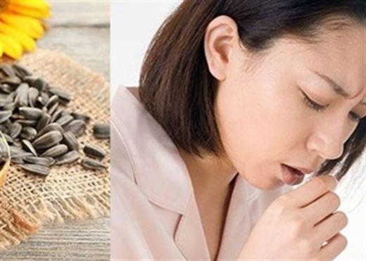 Nên làm gì nếu khàn giọng, mất tiếng do ăn nhiều hạt dưa hạt hướng dương dịp Tết này