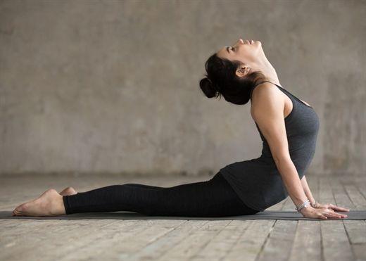 3 phút tập yoga mỗi ngày giúp người trung niên đầu óc tỉnh táo, minh mẫn