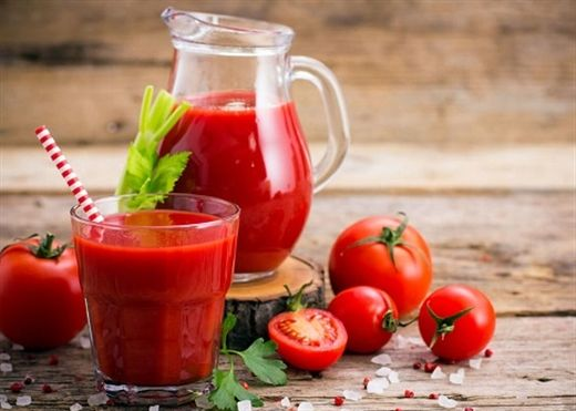Uống nước ép CÀ CHUA giúp giảm nguy cơ mắc bệnh tim, đột quỵ