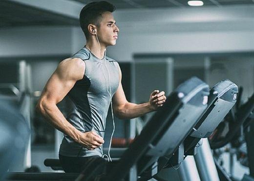Những người có nguy cơ đột quỵ khi tập gym