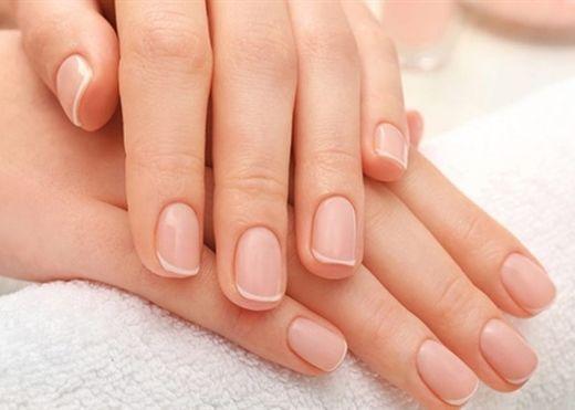 Bí quyết chăm sóc móng tay và móng chân khỏe mạnh bạn không thể bỏ qua