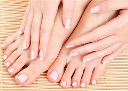 Những phương pháp chăm sóc da chân hiệu quả bằng nguyên liệu đơn giản và an toàn
