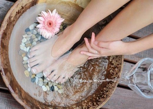 Những bí quyết giúp sở hữu đôi chân đẹp mịn màng, khỏe khoắn