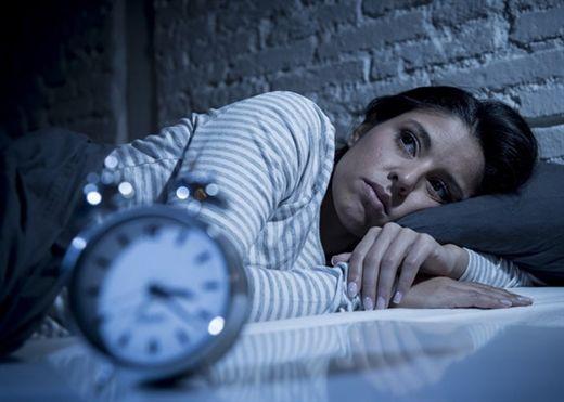 Thử ngay 5 cách sau nếu bạn hay thức giấc giữa đêm và không thể ngủ lại