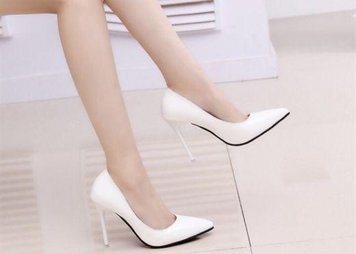 Bí quyết chọn giày cao gót phù hợp giúp bạn tự tin, quyến rũ